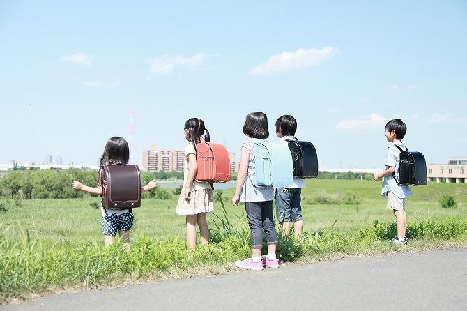 セコム|新学年スタート!通学路に潜む交通事故の危険|子どもの安全ブログ